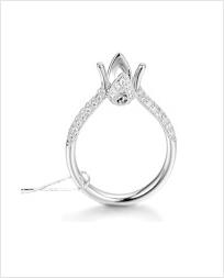 18K金镶嵌钻石戒指